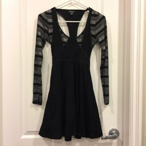 BEBE Black Long Sleeve Dress Size XXS